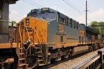 CSX 3351 on Q032